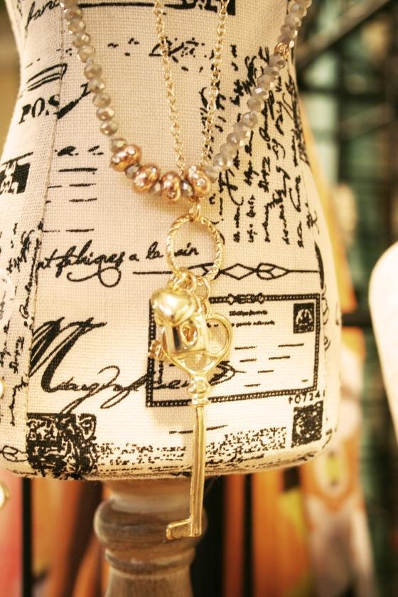 AKinc jewelry_lock and key necklace