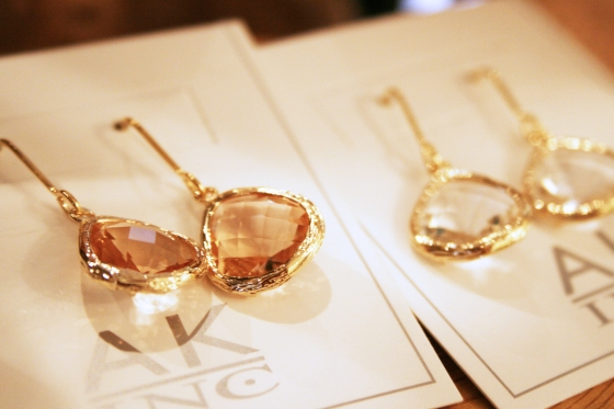 AKinc jewelry_teardrop earrings