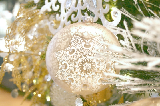 alena_kirby_christmas_tree_2013_ornament