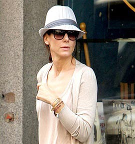 Sandra-Bullock-in-Alex-and-Ani