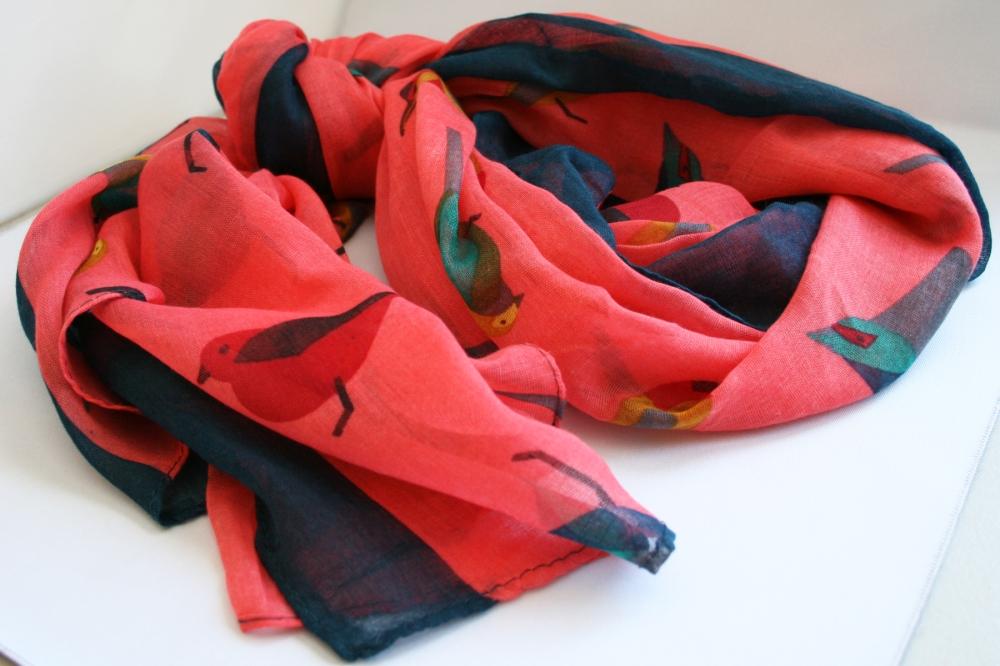 alena_kirby_bird_motif_scarf
