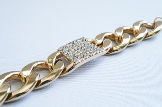 alena_kirby_chunky_bracelet_chain