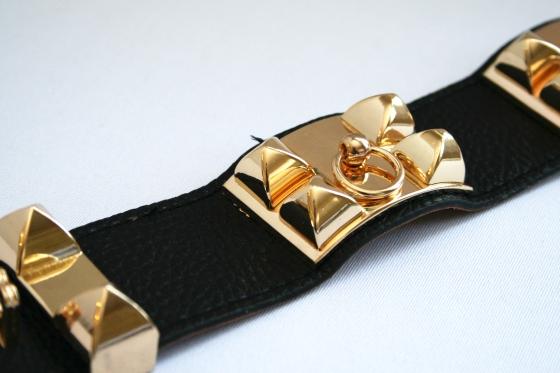 alena_kirby_pyramid_stud_bracelet