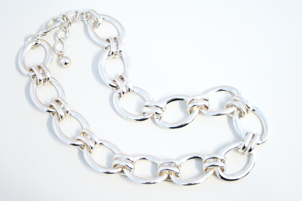 chinky_silver_chain_necklace