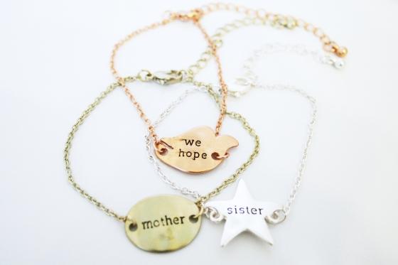message_bracelets