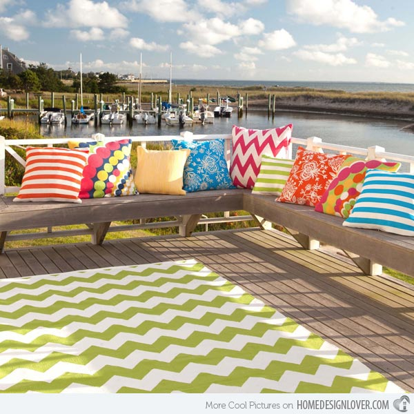 10-CHEVRON-APPLE-INDOOR-OUTDOOR-RUG