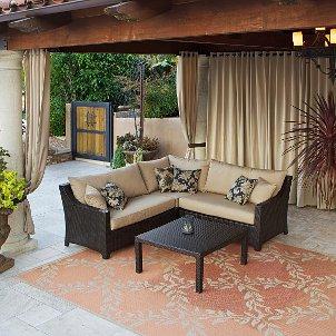 111005_outdoor-rug