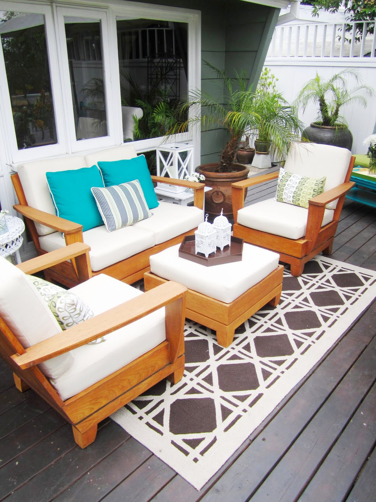 Bold patterns and bright colors transform your outdoor space