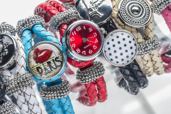 CCS233A-Group-Bracelets-11-Download
